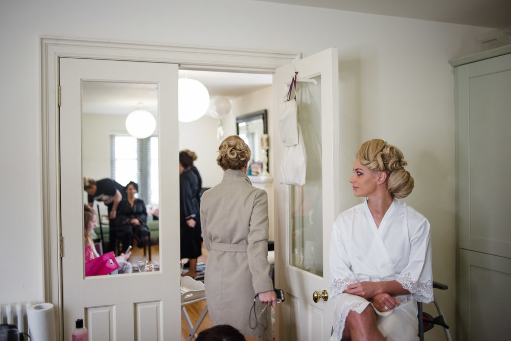 Bride gets hair and makeup done at Lough Erne Resort, County Fermanagh, Northern Ireland, New Years Eve, Great Gatsby, 1920's, 1920, 1920s, themed wedding
