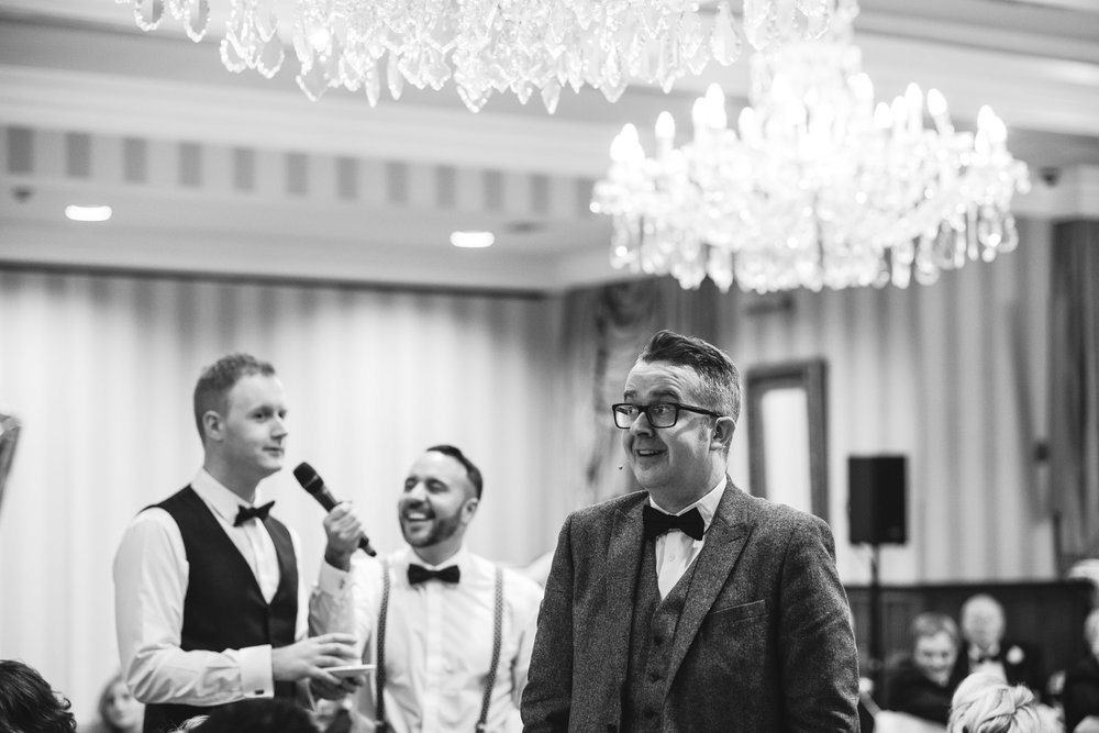 Mindreader David Meade entertains wedding guests after dinner,Lough Erne Resort, County Fermanagh, Northern Ireland, New Years Eve, Great Gatsby, 1920's, 1920, 1920s, themed wedding