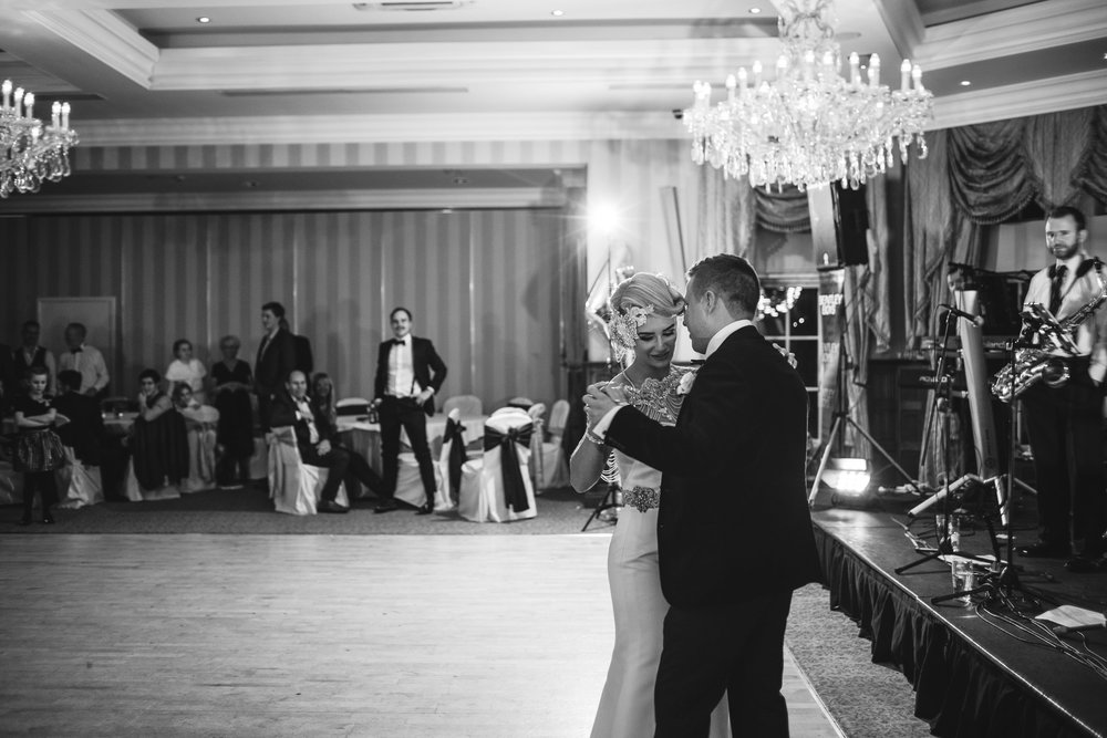 Bride and Groom, First Dance, Lough Erne Resort, County Fermanagh,, Northern Ireland, New Years Eve, Great Gatsby, 1920's, 1920, 1920s, themed wedding
